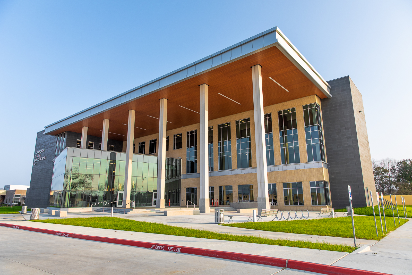 GMW-Ascension Parish Courthouse-Web-0001